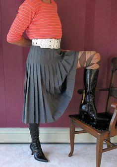Pleated Skirt, Dress Skirt, High Waisted Skirt, Retro Fashion, Vintage Fashion, Accordion Skirt, Retro Styles, Sexy Skirt, Outfit
