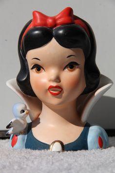 Enesco Snow White