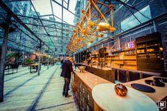 De Antwerpse Fierens-gebouwen kregen met Plein Publiek een originele (en tijdelijke) invulling. Je kan er dagelijks terecht voor food, drinks en kunst.