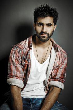 Akshay Oberoi Akshay Oberoi, Cute Guys, A Good Man, Bollywood, Handsome, Men Casual, Husband, Hipster, Hot
