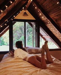 _lucyinthesky: Drinking coffee listening to rain drops on the roof ☕️💕on the softest velvet blanket 💫 // Shop Bamboo Eco-friendly Bedding & Apparel xx A Frame Cabin, A Frame House, Tiny House Cabin, Cabin Homes, Cosy Bedroom, Attic Bedrooms, Aesthetic Rooms, Future House, House Plans