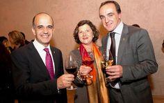 La D.O. Navarra presenta su última Guía de Vinos y Bodegas http://www.vinetur.com/2012112810618/la-do-navarra-presenta-su-ultima-guia-de-vinos-y-bodegas.html