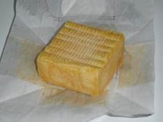 Herve comes from the Belgian town of the same name. It is a Limburger-like cheese: pungent and soft Brie, Popular Cheeses, Dutch Cheese, Queso Cheese, Cheese Pairings, Cooking Temperatures, Milk Protein, Melted Cheese, C'est Bon