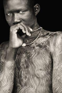 Africa | Portrait of a young Surma man, Western Omo. Ethiopia. | © Mario Gerth