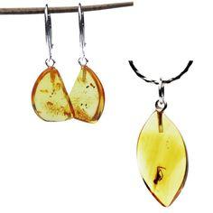 Lemon amber and inclusions. Every jewellery piece is one of the kind! #lemonamber #goldenamber #amberinclusions #uniquejewellery #oneofakind #handmadejewellery #amberset #amberbeautiful