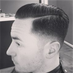 in haircut topics Second Day Hairstyles, Ponytail Hairstyles, Hairstyles Haircuts, Haircuts For Men, Hairstyle Ideas, Pompadour, Gentleman Haircut, Hair Designs For Men, Hair And Beard Styles