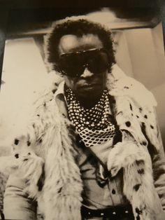 2d39581ffa3 261 Best Vintage Eyewear 1970- Celebrities images