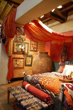 Gypsy: #Bohemian #bedroom.