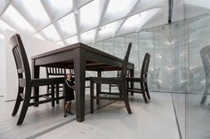Image 7 of 21 from gallery of The Broad Museum / Diller Scofidio + Renfro. Photograph by Iwan Baan Museum Of Fine Arts, Museum Of Modern Art, Broad Museum Los Angeles, Infinity Mirror Room, The Broad Museum, Gagosian Gallery, Fine Arts Degree, New Museum, Under The Table