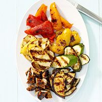 Sweet and Spicy Grilled Vegetables with Chicken Sausage http://www.familycircle.com/recipe/vegetables/sweet-and-spicy-grilled-vegetables-with-chicken-sausage/