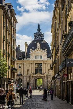 Rennes ~ France. Marche des lices. Saturday. Brittany.