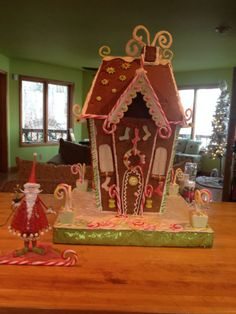 My very dear and talented friend @Mama Wood made this gorgeous gingerbread house. Isn't it amazing?