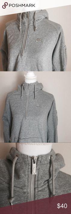 Nike Sweatshirt ✨ Heather gray Nike half zip sweatshirt with high neck - Hooded with draw strings - Fleece lined ✨ Nike Sweaters