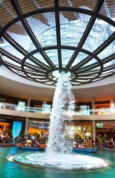 Singapore: Rain Oculus - Marina Bay Sands, Singapore by Daniel Peckham Singapore Island, Sands Singapore, Singapore Photos, Singapore Travel, Singapore Guide, Spa Plan, Marina Bay Sands, Pool Bad, Places To Travel