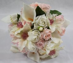 Ivory and pink bouquet 💕 #roses #lilies #bride #wedding #flowers #bouquet