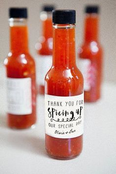5 wedding favors your guests actually want Kayla's Five Things unique wedding favors fun wedding favors- hot sauce Wedding Favors And Gifts, Hot Sauce Wedding Favors, Country Wedding Favors, Creative Wedding Favors, Inexpensive Wedding Favors, Elegant Wedding Favors, Cheap Favors, Handmade Wedding, Wedding Keepsakes