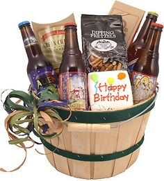 Start with a stylish basket, and we fill it with savory snacks and tasty beer. That's what you deliver with this happy birthday beer gift basket. Birthday Beer, 21st Birthday, Beer Gifts, Savory Snacks, Beer Lovers, Gift Baskets, Party Time, Barware, Christmas Gifts