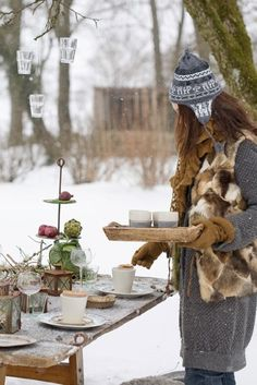 I love the snow I will have to set up a picnic for me and my boyfriend Nice and fun