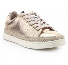 Zapatilla urbana metalizada XTI Outlet, Sneakers, Shoes, Fashion, Amor, Boots, Slippers, Valentines, Urban