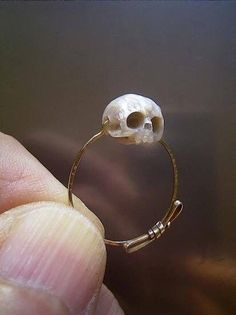 New Cost-Free 45 Beautiful Jewerly Ideas for Women Style Have you been searching for cheap wedding rings? At EFES you will find wedding rings from Nuremberg. Cute Jewelry, Jewelry Box, Jewelry Accessories, Jewelry Design, Skull Jewelry, Skull Rings, Jewelry Ideas, Hippie Jewelry, Gothic Jewelry