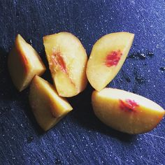 Nectarines are amazingly good right now! Go get some you won't be sorry! #fruit #weightloss #weightlosstransformation #fattofit #health #fitness #fitnessjourney #fitfam #transformation #lowcarb #pcos #lifestylechange #losingweight #nevergiveup #healthylifestyle #eatclean #eathealthy #nevergiveup #gettinghealthy #gettingfit #weightlossmotivation #naturalweightloss #dontgiveup by weightlossreality