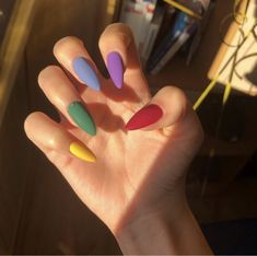 Uploaded by ༺♥༻. Find images and videos about nails, hand and inspo on We Heart It - the app to get lost in what you love. Edgy Nails, Grunge Nails, Aycrlic Nails, Funky Nails, Stylish Nails, Swag Nails, Coffin Nails, Simple Acrylic Nails, Summer Acrylic Nails