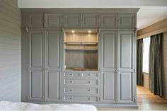 The essentials for a Zen room - Home Fashion Trend Built In Bedroom Cabinets, Bedroom Wall Units, Bedroom Built In Wardrobe, Bedroom Built Ins, Bedroom Cupboard Designs, Bedroom Closet Design, Master Bedroom Closet, Closet Designs, Home Bedroom