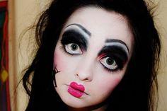 Halloween makeup #halloweencostumesideas #halloweenfashion #thefashionfunda…