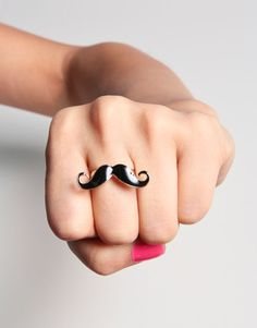 Mustache Ring, ok, so I admit I don't get the mustache thing but whatever Cassidy seems to be amused by it and this would make a great little Christmas Gift.