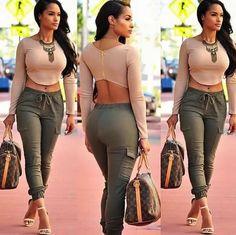 Elegant crop top outfit