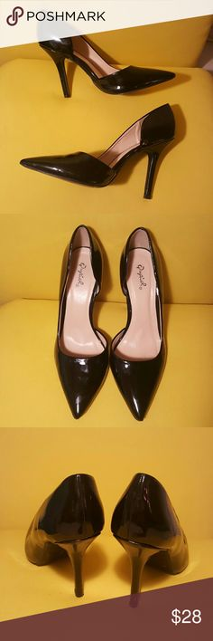 """Black patent leather heels 4.5"""" patent leather heels with flattering side cutout Qupiol Shoes Heels"""
