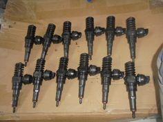 Vand injectoare,a aproape toate marcile disponibile pe piata: volkswagen,opel,mercedes,renault,ford,fiat,peugeot,citroen etc  Codurile sunt:  038130073BA, 0381300Z3AL, 038130073J, 038130073AG, 038130073AJ, 038130073T,  038130073Q, 4M5Q9F59B-AD, EJDR00501Z, EJDR00504Z, 1065EF18W6, 9663429280,  4M5Q9F599-AD, 9652763280, H82200704191, 9655304880, 9657144580, 0445110326,  0445M0049, 0445110083, 0445110280, 9636819380, 0445110243, 0445110183
