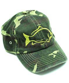 Eine Camouflage Cap mit einer Forelle drauf...bei uns im Shop zu erwerben...