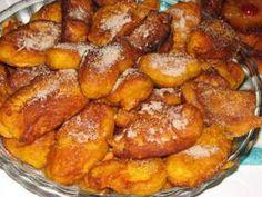 Filhós de abobora, Receita Petitchef Portuguese Desserts, Portuguese Recipes, Portuguese Food, Beignets, Holiday Desserts, Holiday Recipes, Easy Cooking, Cooking Recipes, Donut Recipes