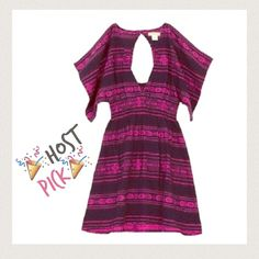 🎉HP!🎉 price lowered Beach Time! Billabong dress Perfect for the warm weather! Billabong 100% cotton woven jacquard in indigo and hot pink dress. Deep v neck with a keyhole back.  Smocked/cinched waist. Dolman flutter sleeves. Billabong Dresses