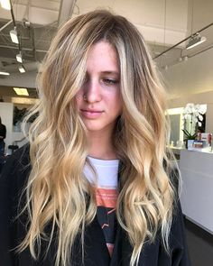 if you're blonde and you know it raise your hand.  Beautiful balayage done by @jimmyhilton, welcome to #teamprive! #privehair