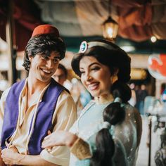 Aladdin and Jasmine Walt Disney Pictures Movies, Disney Films, Disney Cartoons, Disney Pixar, Disney Day, Disney Stuff, Disney Love, Disney Parks, Disney Characters Costumes