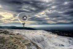 Atrapados por la imagen: Sobrevolando Pamukkale - Carlos Costamagna