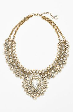 Try a gorgeous bib necklace to complete your look for prom.