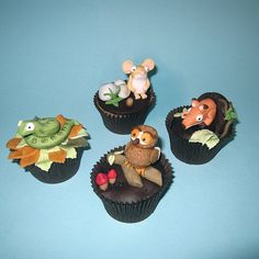 Snake, Owl, Fox and Mouse Cupcakes - The Gruffalo Jungle Cupcakes, Animal Cupcakes, Cute Cupcakes, Gruffalo Party, The Gruffalo, Cupcake Recipes For Kids, Cupcake Ideas, Snake Party, Gruffalo's Child