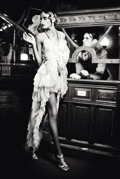 "Lilogi.com - ""The Golden Twenties"" - inspiration images, fashion photography, ellen von unwerth, 1920's fashion, deco, #1920, #decofashion, #editorial, #flapper, #fringe, #blackandwhite"