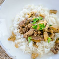 Hovězí s hlívou à la Stroganov - Spicy Crumbs Spicy, Dinner, Ethnic Recipes, Food, Dining, Food Dinners, Essen, Meals, Yemek