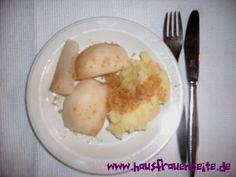 Kartoffelbrei mit Birnenschnitz -  bei uns gab es heute Kartoffelbrei mit Birnschnitz - ein typisches Herbst-/Winteressen vegetarisch