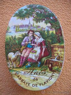 CAJITA DE HOJALATA. ANIS DE L'ABBAYE DE FLAVIGNY. (Botellas, Cajas y Envases - Cajas y Cajitas Metálicas)
