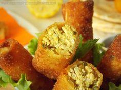 Bourek au poulet (recette ramadan) Algerian Food, Algerian Recipes, Frittata, Brick, Muffin, Breakfast, Ethnic Recipes, Chicken Schnitzel, Grated Cheese