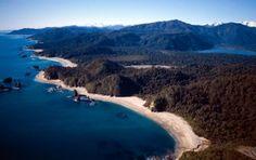 Lake Moeraki, New Zealand.