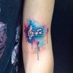 Mais uma #aquarela aí para marcar na pela a paixão da cliente pela #musica…