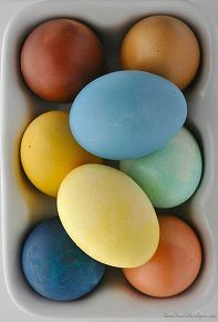 natural dye easter eggs, crafts, easter decorations, how to, repurposing upcycling, seasonal holiday decor