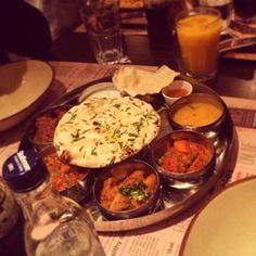 the tamatanga thali #tamatanga on Tagboard Table Settings, Tasty, Fan, Photos, Pictures, Place Settings, Hand Fan, Fans, Tablescapes