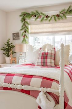 Tour a cozy and classic Christmas bedroom. A merry and bright space is created using red plaids, festive greenery, and soft, layered bedding. Winter Bedroom, Bedroom Red, Teen Bedroom, Bedroom Ideas, Bedroom Inspo, Bedrooms, Dream Bedroom, Christmas Bedding, Christmas Home
